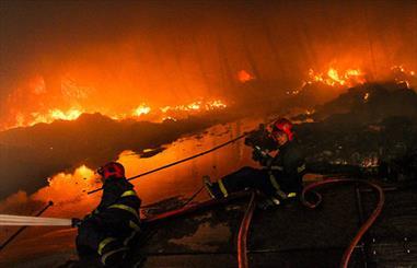 آتشسوزی در کارخانه تولید لوازمخانگی در سبزوار
