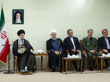 دیدار رئیسجمهور و اعضای هیئت دولت با رهبر انقلاب