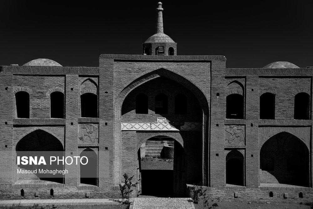 ایران زیباست؛ «میاندشت» بزرگترین کاروانسرای جاده ابریشم