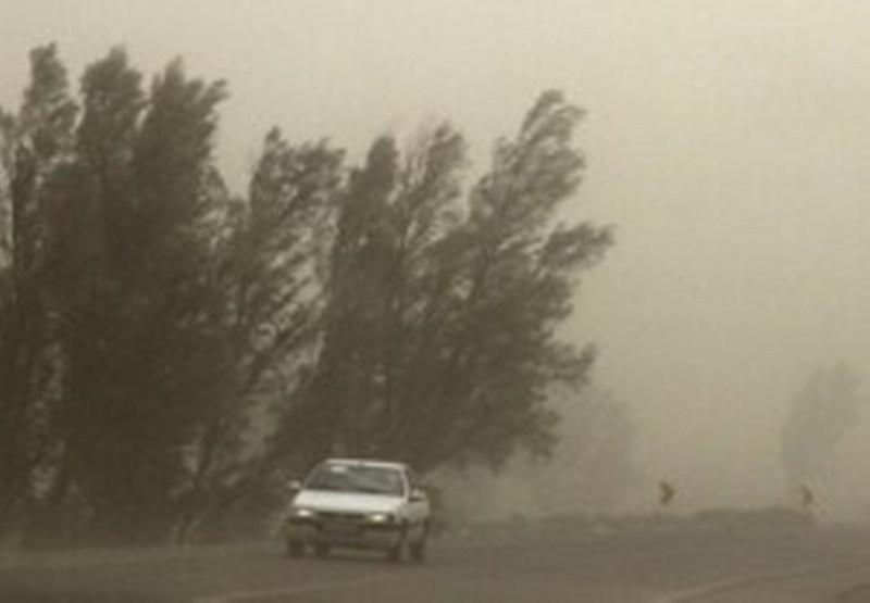 توفان با سرعت ۷۰ کیلومتر در ساعت جوین را درنوردید