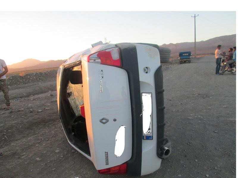 واژگونی خودرو در داورزن