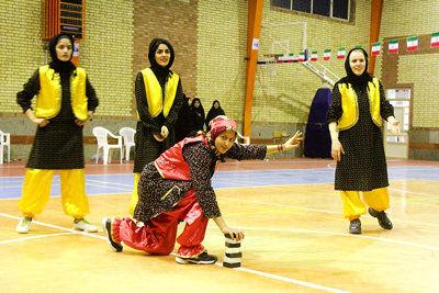 مسابقات هفت سنگ سنتی بانوان در جوین برگزار شد
