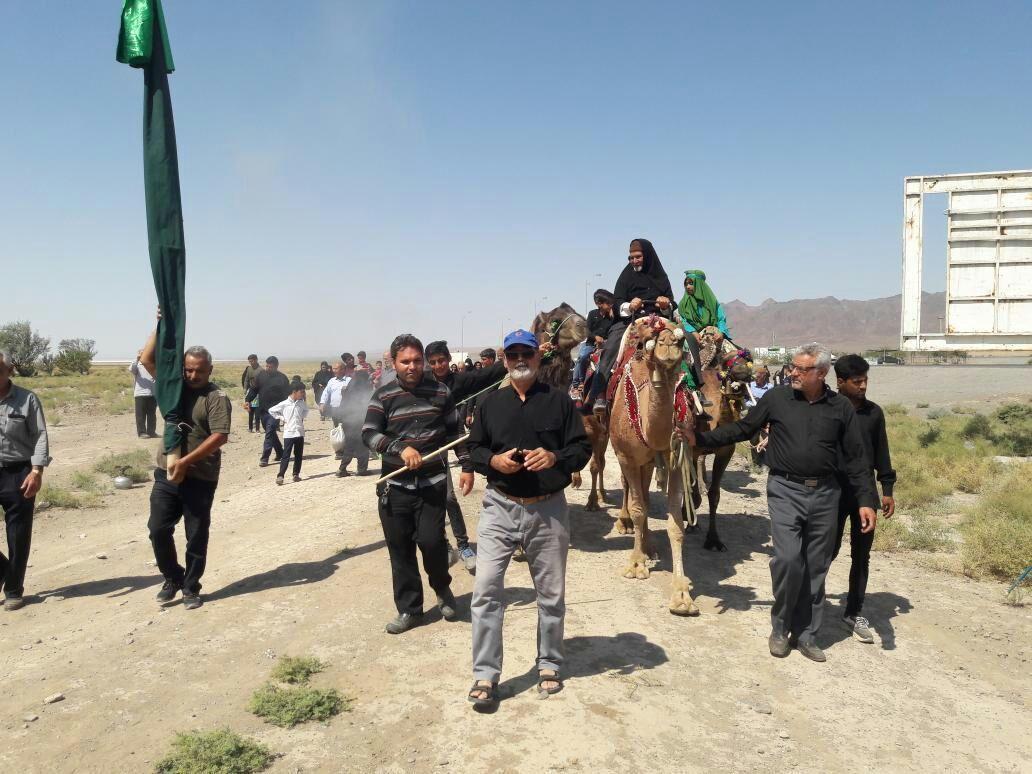 ورود نمادین کاروان امام حسین (ع) به کربلا در داورزن بازسازی شد