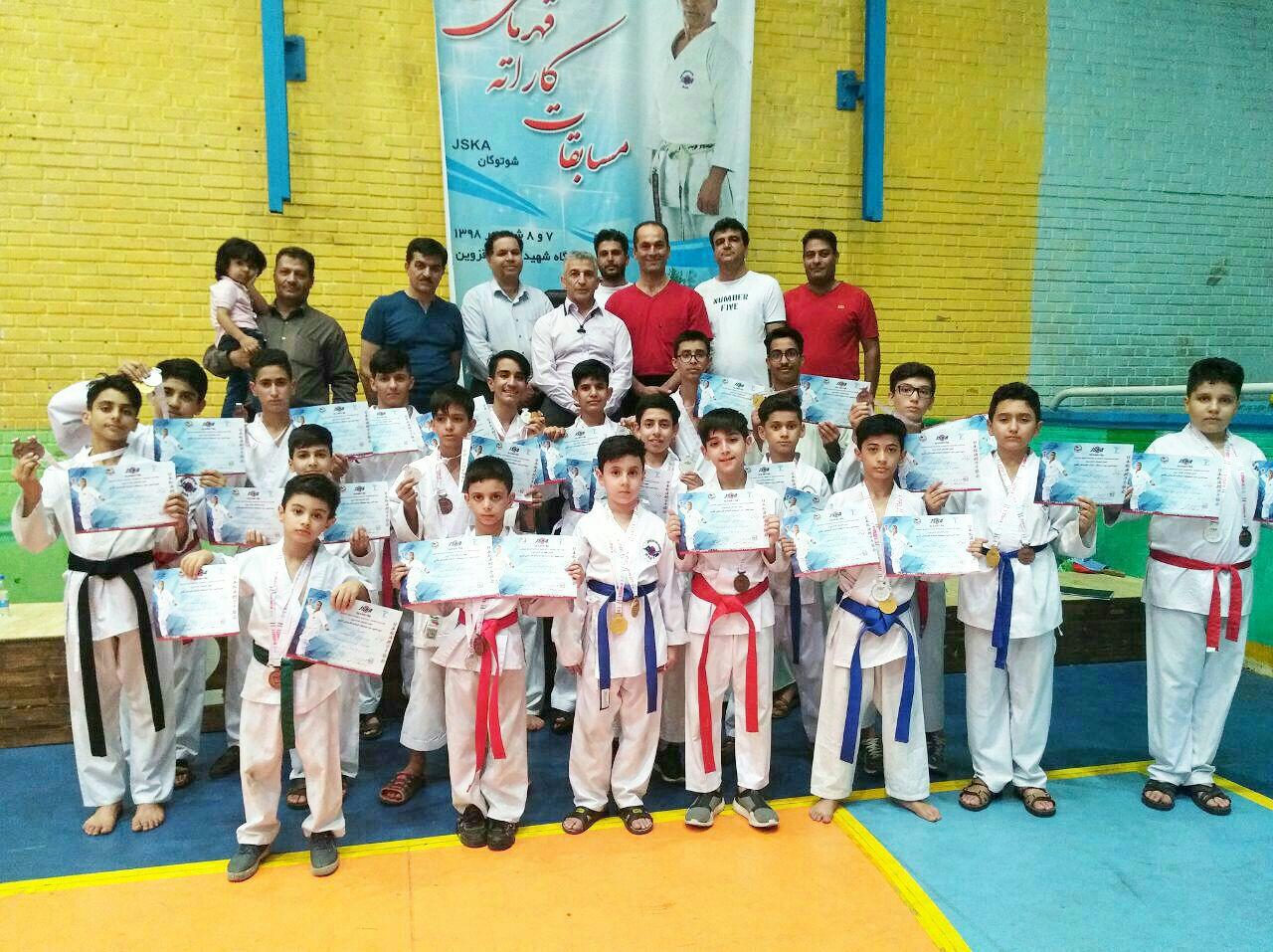 موفقیت کاراته کاهای سبزوار در مسابقات قهرمانی کشور