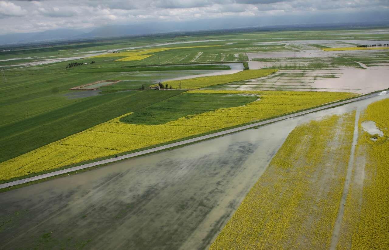 ۱۷ میلیارد ریال غرامت سیل به کشاورزان جغتای پرداخت شد