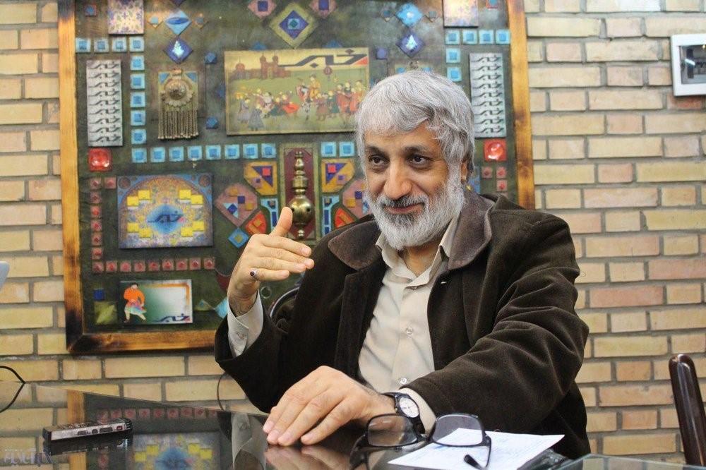 انتقادات صریح ابراهیم فیاض از سیاسیون اصولگرا و اصلاحطلب: پیرمردهای خستهای هستید که فقط به فکر پُر کردن جیب خودتان هستید