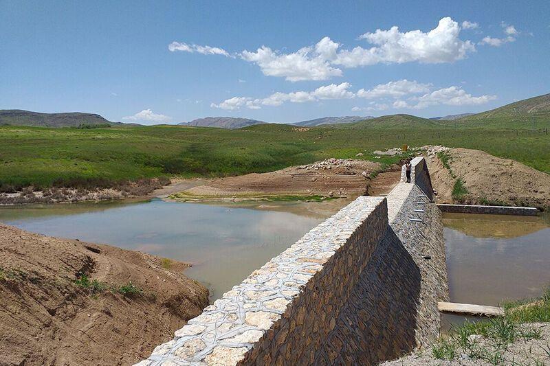 پنج طرح آبخیزداری در خوشاب اجرا شد
