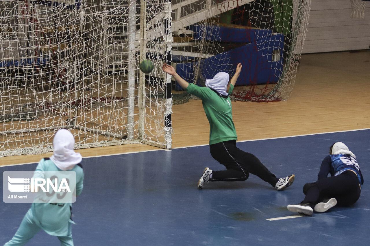 مسابقات منطقهای هندبال دختران دانشجو در سبزوار آغاز شد