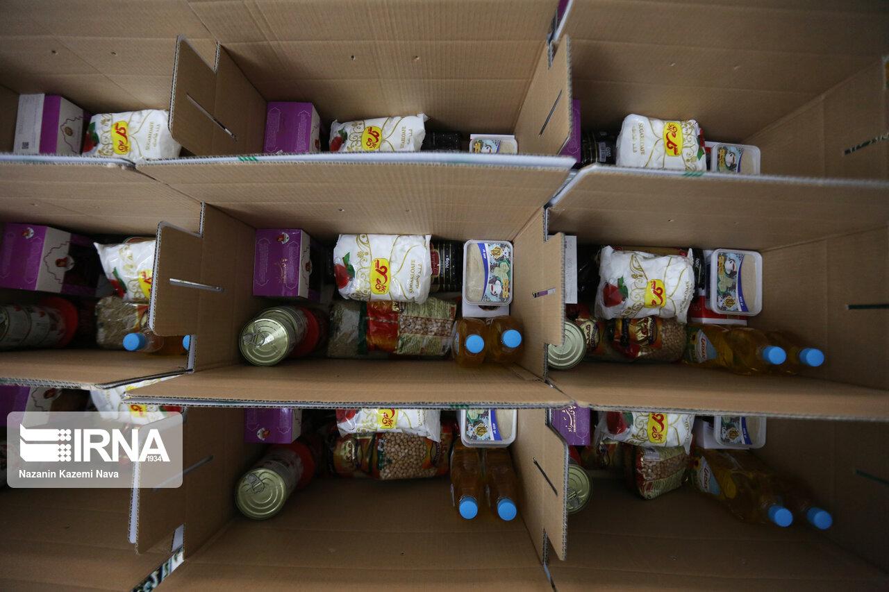 ۴۵۰۰ سبد کالا و بسته بهداشتی بین نیازمندان در سبزوار توزیع شد